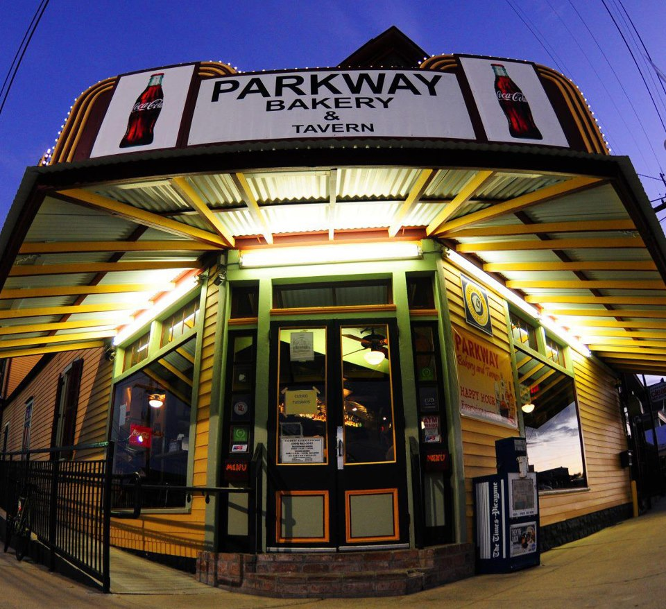 Parkway bakery tavern in new orleans louisiana for Parkway new orleans